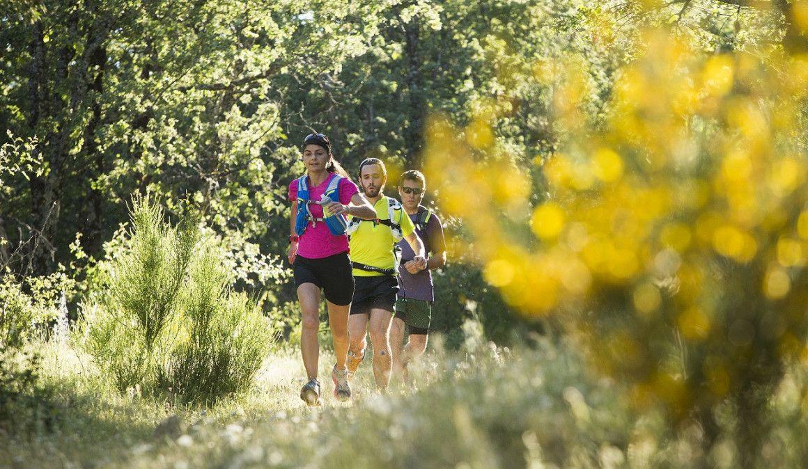 Correr con mochila: problemas y soluciones