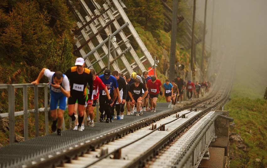 Así es la carrera de escaleras más larga del mundo: 11.674 peldaños