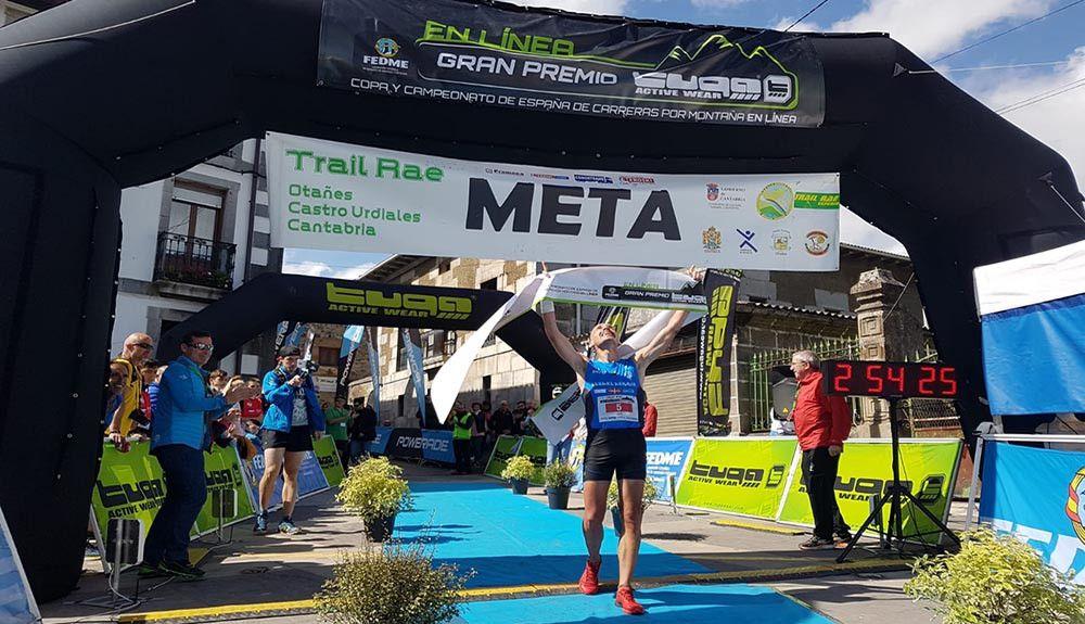 Oier Ariznabarreta y Ainhoa Sanz Campeones de España de Carreras por Montaña