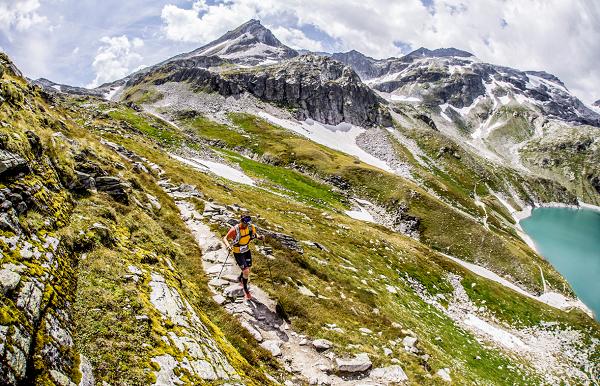 Anna Comet arrasa en la Grossglockner Ultra Trail
