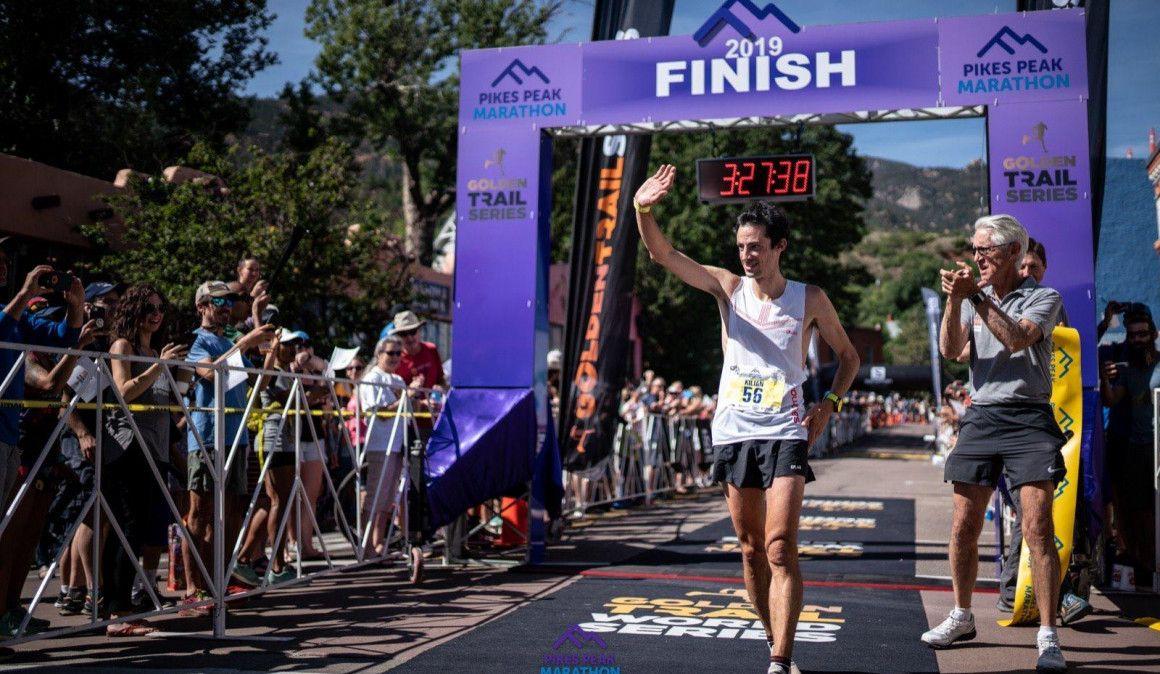Kilian vence sin récord en Pikes Peak