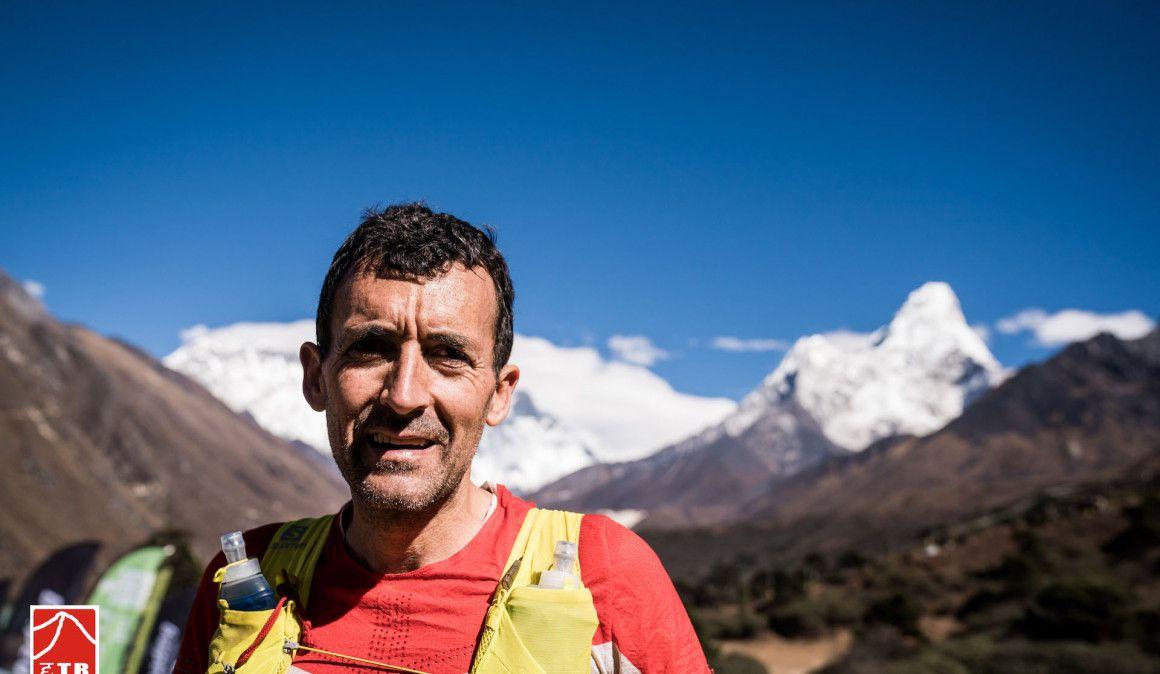 Anna Comet tiene en sus manos el triplete de la Everest Trail Race
