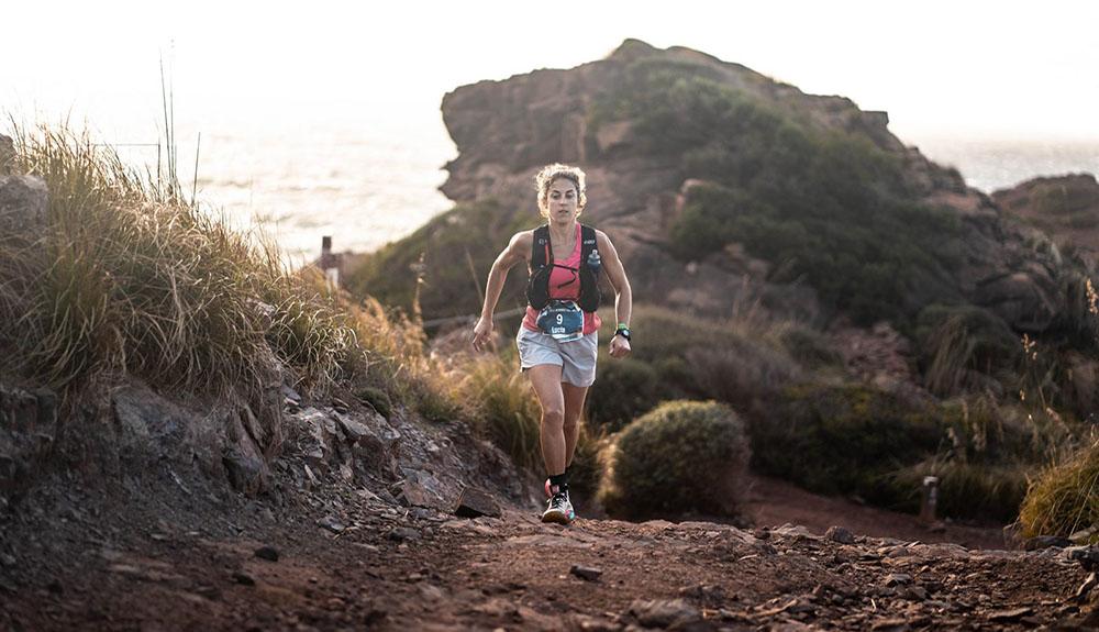 Lucia Pasamar vence Trail Menorca Camí de Cavalls. Fotografía José Miguel Muñoz