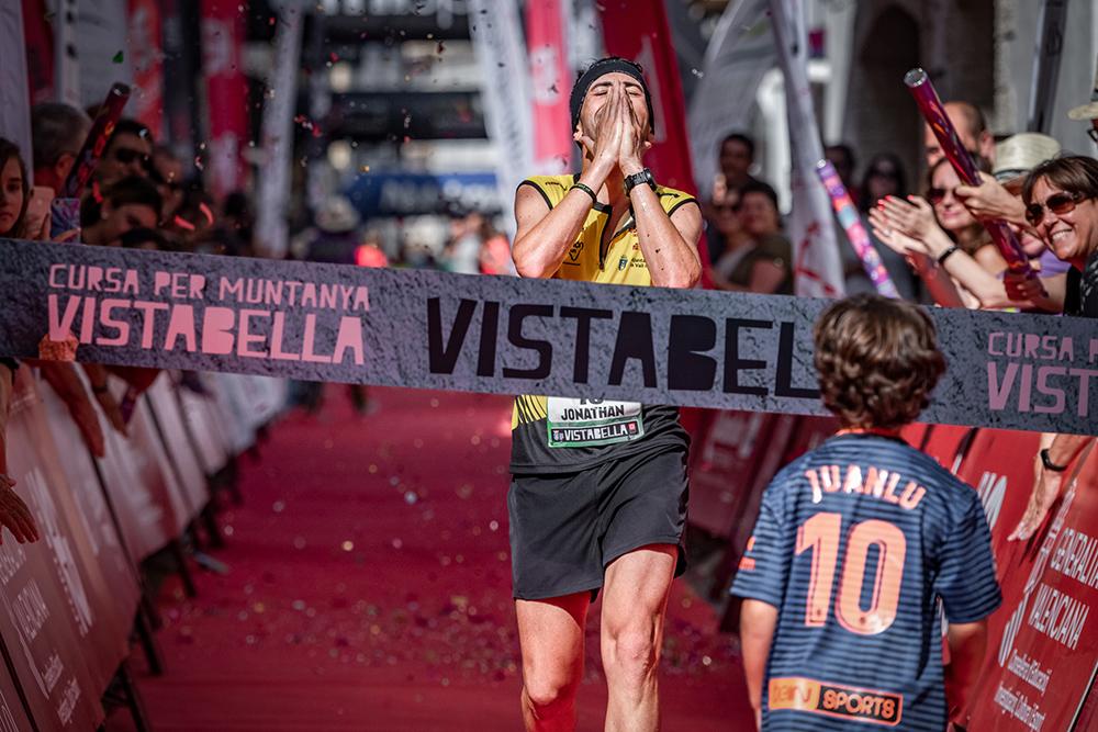 Julia Font y John Rogla vencedores de Cursa per Muntanya de Vistabella