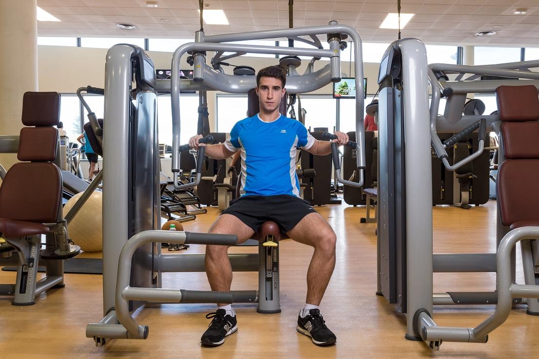 Rutinas para trabajar la fuerza en el gimnasio i for Ver gimnasio